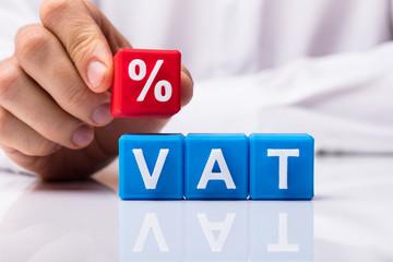 Actualizări privind aplicarea TVA. Ce cotă TVA aplici în cazul unui pachet de bunuri supuse unor cote diferite de TVA