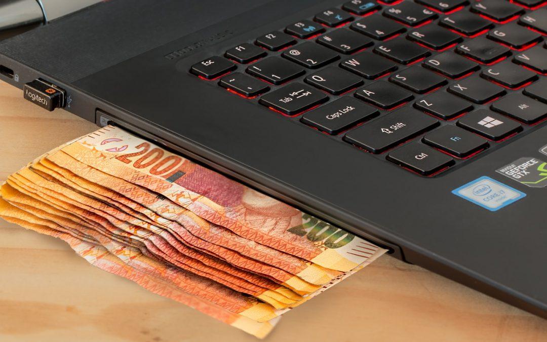 Donatorul îşi poate retrage donaţia făcută online. Beneficiarul este obligat să restituie donaţia şi să aibă o politică de retur